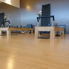Foam For Laminate Flooring Padded Wood Grain Performa Sheet Vinyl Is A Commercial Yoga Studio