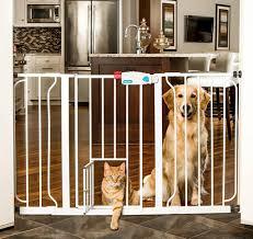 Patio Door Cat Flap by Top 5 Best Baby Gates With Pet Door 2017 Reviews Parentsneed