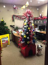 brown christmas snoopy dog house brown christmas office decoration snoopy s dog house as a