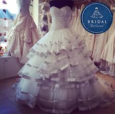 sell wedding dress sell my dress bridal reloved
