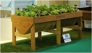 Garden Box Ideas Balcony Garden Boxes Pallet Planter Box Ideas Balcony Garden