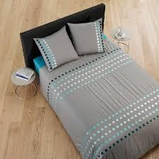chemin de lit en lin parure de lit square bleu madura