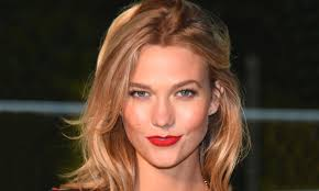 karlie kloss hair color 7 years of karlie kloss s hair colour my hairdresser online