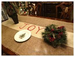 make christmas table runner holiday table runner ideas table runners