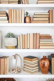 Bookshelves Diy by Best 25 Decorating A Bookcase Ideas On Pinterest Bookshelf