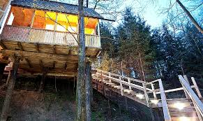 Top 10 Treehouse Experiences by Glamping Hub  Footsteps on the