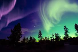 northern lights jasper national park northern lights in yellowknife the rockies holidays 2018 2019
