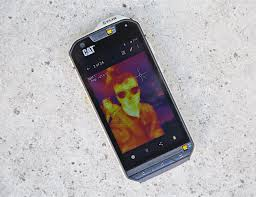 cat s60 unique smartphone with integrated thermal camera