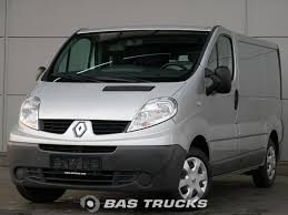 renault vans renault trafic light commercial vehicle euro norm 5 u20ac7400 bas vans