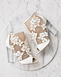 wedding shoes for 15 outdoor wedding shoes that won t sink into the grass martha