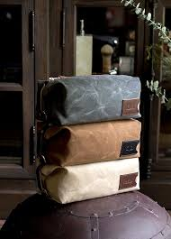 best 25 s toiletry bags ideas on leather kits