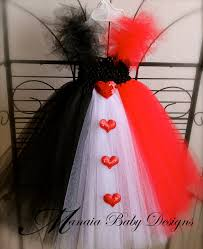 red queen halloween queen of hearts make this tutu wear a black tank red lipstick