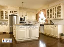 couleur d armoire de cuisine magnifique cuisine en meriser couleur coquille d oeuf tout est