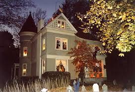 Home Halloween Decorations 11 Craziest Halloween Decorated Homes Bobs Halloween