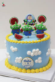 toy story little green men birthday cake angel food cake with