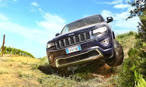 overland range rover jeep grand cherokee 3 0 v6 crd overland road test