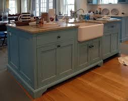 cottage kitchen islands best 25 custom kitchen islands ideas on