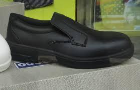 chaussures sécurité cuisine chaussures mocassins securite cuisine noires vêtements linge de maison