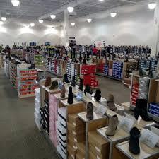designer shoe outlet dsw designer shoe warehouse 18 photos shoe stores 2426 east