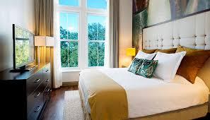 hotels with 2 bedroom suites in savannah ga 10 reasons we love hotel indigo savannah ga savannah com