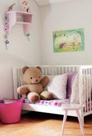 lit transformé en canapé 3 idées pour transformer le lit de votre bébé vetabebevetabebe