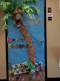 Christmas Door Decorating Contest Ideas The 25 Best Christmas Door Decorations Ideas On Pinterest