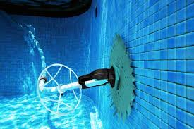 pool cleaning tips different types of pool cleaners you use for your pool