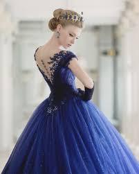 robe de mariã e bleue 10 robes de mariée d un bleu époustouflant pour se transformer en