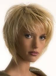johnbeerens hairstyler flattering short hairstyle with textured layers that frame the face
