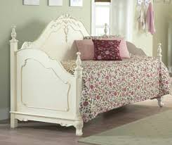 saveemail shabby chic daybed cover shabby chic daybed bedding