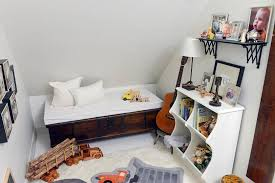 atlanta real estate owner u0027s art anchors smyrna home u0027s design