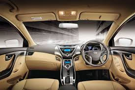 hyundai elantra price in india hyundai elantra crdi 1 6 sx price mileage specifications