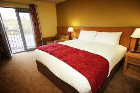 Red Bedrooms by Red And Gold Bedroom