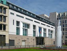 siege social credit lyonnais 1994 christian de portzarc arquitecto francés la embajada