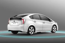 lexus hybrid or prius defective curtain shield airbags cause toyota prius lexus ct recall
