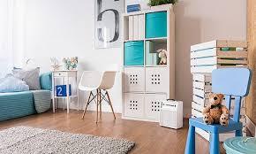 couleur chambre d enfant mettre de la couleur dans la chambre d enfant bureau enfant par