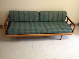 Day Bed Sofa by Mid Century Modern Daybed Sofa Mid Century Modern Daybed With