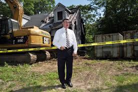 supervisor romaine oversees demolition of burned out u201czombie house