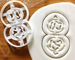 dishwasher safe custom cookie cutters made to orders by bakerlogy