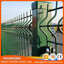 green cyclone wire fence philippines with pvc coated wire mesh