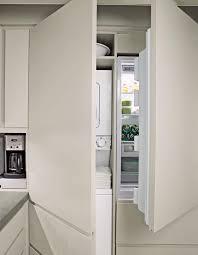 cacher une cuisine ouverte comment intégrer le lave linge dans intérieur 31 idées lave