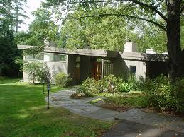 cool mid century modern homes with green yard custom home design