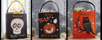 halloween treat bag craft diy halloween felt treat bag bugaboocity