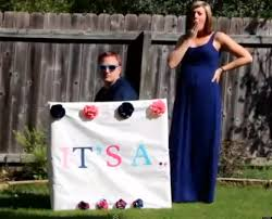 gender reveal announcements gangnam style gender reveal parents to be announce of baby