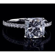 bague mariage or blanc monture diamant coussin 4 griffes or blanc pavage bague de mariage