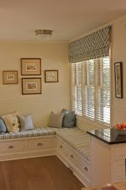 Under Window Seat Storage Bench Fabulous Building A Bench Seat Under A Window Gratifying