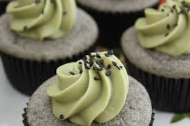 sesame cupcakes black sesame cupcakes with matcha frosting