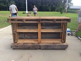 furniture pallet bar table and chairs with wooden cooler box