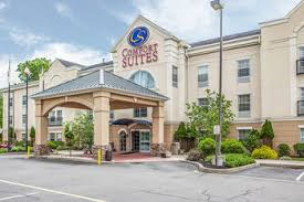 Comfort Suites At Woodbridge New Jersey Comfort Suites Hotels Near New Jersey Convention Center