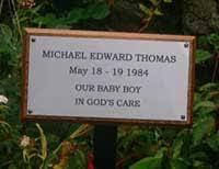 grave plaques memorial plaques grave memorials wooden crosses the sign maker